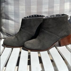 TOMS Leila grey suede ankle boots 7.5 booties
